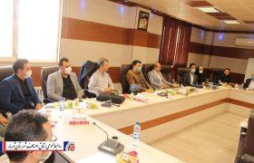 مراسم تقدیر و قدردانی از واحدهای صنفی منتخب اتحادیه صنفی خدمات الکترونیک شهریار برگزار شد