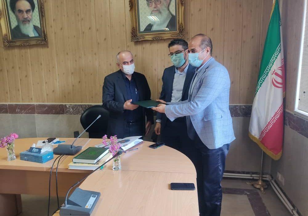 در هفته دولت از رییس اتاق اصناف شهریار تقدیر شد